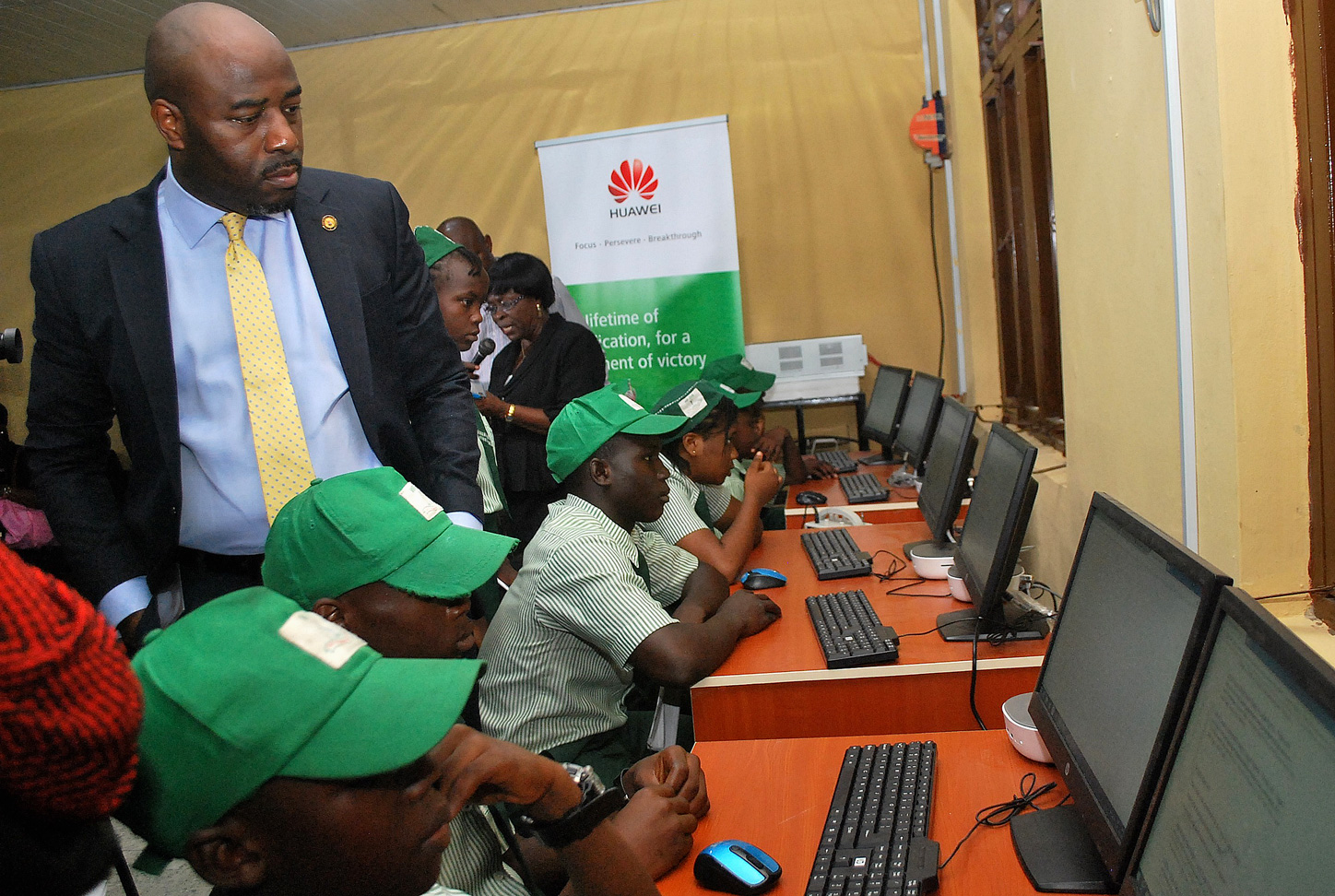 First Solar Powered Digital Library In Lagos Powered By Huawei